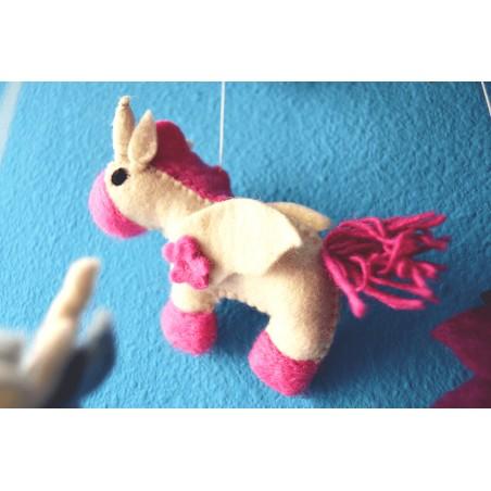 Movil Carrusel Unicornio de fieltro. Regalos infantiles
